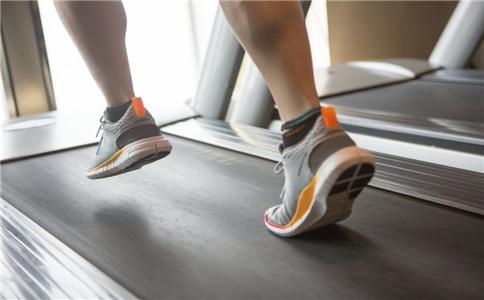 跑步机跑步注意事项 跑步机正确跑步姿势 跑步机的好处