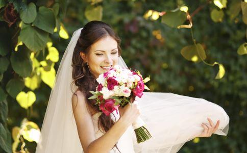 婚前恐惧症什么症状 女人婚前恐惧症怎么办 婚前恐惧症的原因有哪些