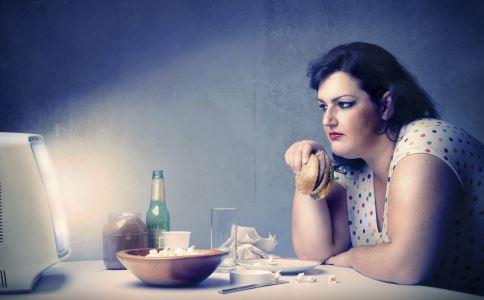 女子2年减肥400斤 夏季快速减肥方法 什么方法能快速减肥