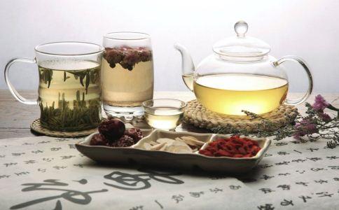 夏季喝什么茶补气血 女人如何补气血 补气血的茶怎么泡
