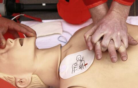 男子死亡后被救活 死亡后被救活 如何预防哮喘