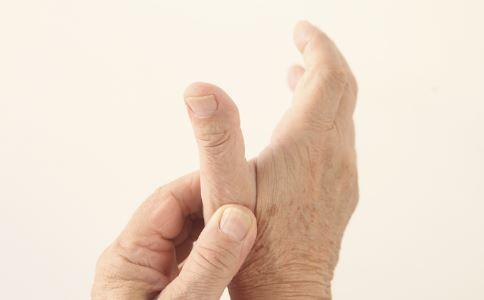 捏手指有什么好处 怎么捏手指 捏手指的作用