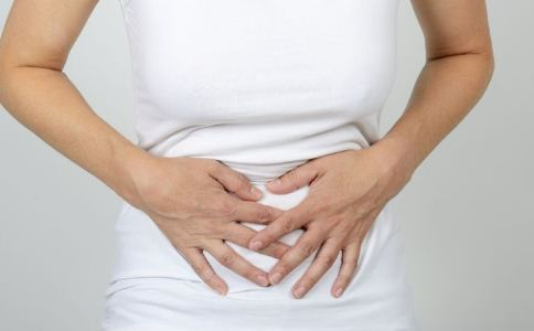 胃息肉不切除会癌变吗 胃息肉的症状有哪些 胃息肉术后的饮食注意事项