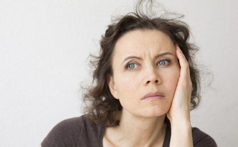 女人更年期有啥症状 更年期女性如何保养 更年期女性的保养方法