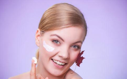防晒值过高会致皮肤过敏吗 如何挑选防晒霜 如何防止皮肤过敏