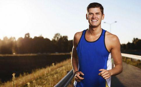 夏天跑步注意什么 夏天跑步的误区 跑步注意事项有哪些