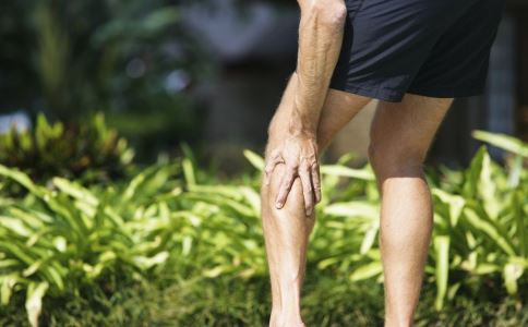 背部疼痛怎么回事 胸痛是什么原因 腹部剧痛是什么病