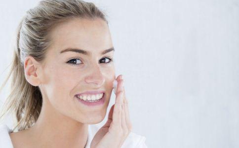夏季如何护肤 敏感肌肤的护肤方法 如何护理敏感肌肤