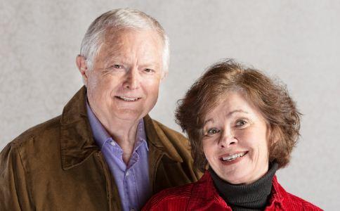 老年夫妻如何沟通 老年夫妻如何经营婚姻 老年夫妻的沟通技巧