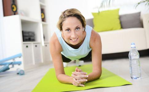 快速瘦腰的方法有哪些 做什么运动可以瘦腰 瘦腰吃什么食物好