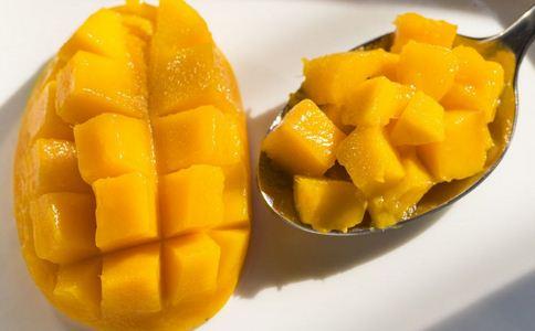 一箱25斤芒果纸占9斤多 芒果有什么营养 芒果的功效