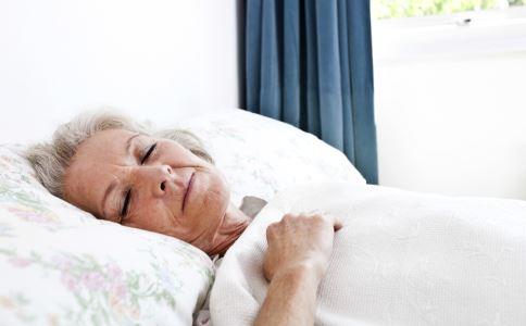 老人怎么睡得好 老年人如何提高睡眠质量 如何才能睡得好