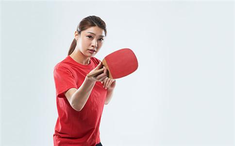 打乒乓球怎么热身 拉伤肌肉应对方法