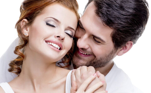 怎么判断一个女孩子是否喜欢你 怎么知道对方是否喜欢你 对方喜欢你的心态