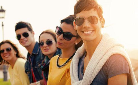 青少年存在哪些心理异常 青少年情绪问题有哪些 青少年的性心理