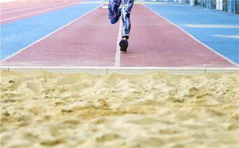 跳远肌肉拉伤应对法 拉伤的原因