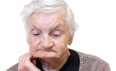 老年人镶牙时如何选择 不同镶牙方法的优缺点 老人吃什么护牙