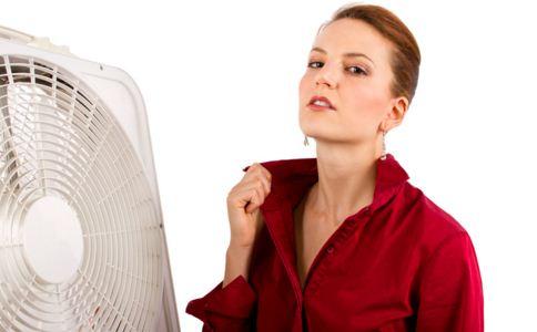 绝经年龄一般是多少 女性绝经前有什么症状 出现绝经征兆怎么办