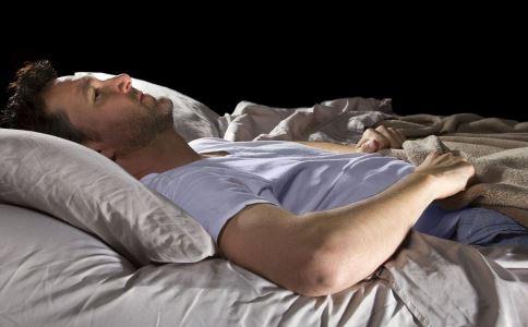 衰老有什么症状 哪些坏习惯会加速衰老 睡前做什么会加速衰老