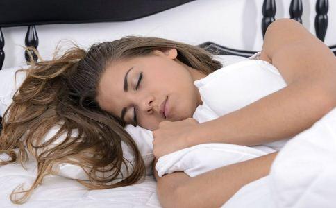 怎么睡觉能长寿 怎么睡觉养生 睡觉的正确方法