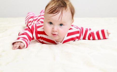 三个月宝宝鹅口疮怎么办 三个月宝宝鹅口疮如何处理 三个月宝宝鹅口疮治疗有哪些禁忌