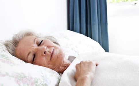 老年人阑尾炎 老年人阑尾炎怎么办 老年人急性阑尾炎