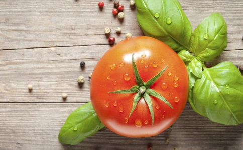 夏季减肥可以吃西红柿吗 西红柿减肥食谱有哪些 西红柿怎么吃可以减肥