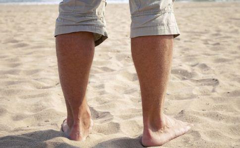 穿鞋会导致男人阳痿吗 穿人字拖有哪些危害 经常穿人字拖的危害有哪些