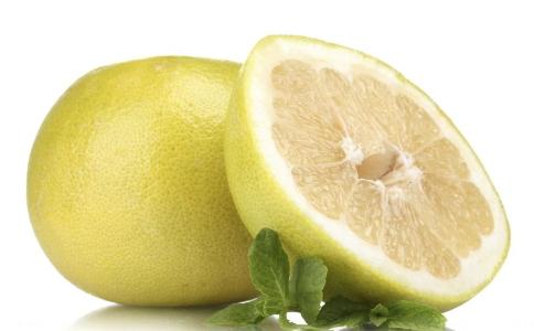 夏季减肥可以吃柚子吗 夏季减肥吃什么好 柚子怎么吃可以减肥