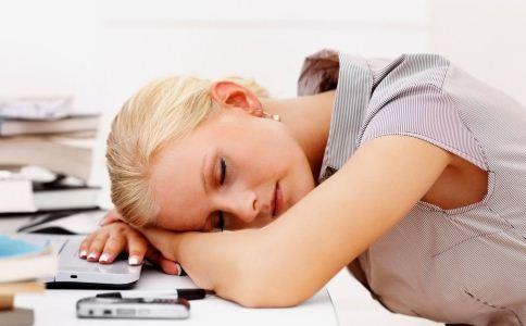 熬夜大脑将被吃掉 熬夜的危害 如何减少熬夜危害