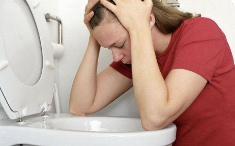 胃出血症状有哪些 如何治疗胃出血 治疗胃出血的方法