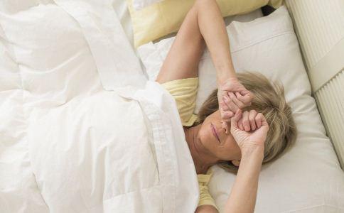 老年人嗜睡是什么原因 如何提高老人睡眠质量 提高老人睡眠质量的方法