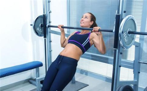 引体向上练腹肌吗 怎么练好引体向上 引体向上注意事项
