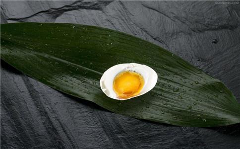怎么腌咸鸭蛋 淹咸鸭蛋太咸了怎么办 咸鸭蛋的做法