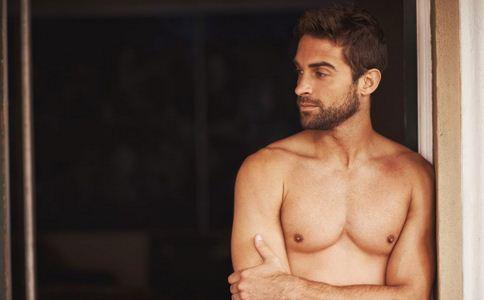 男人留胡子的好处 男人留胡子有什么好处 男人留胡子的作用