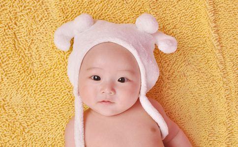 宝宝喝奶粉过敏症状 防过敏奶粉哪个牌子好 过敏宝宝吃什么奶粉
