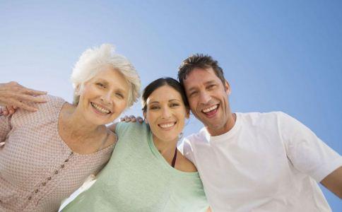 更年期综合症的治疗 怎么治疗更年期综合症 患更年期综合症吃什么