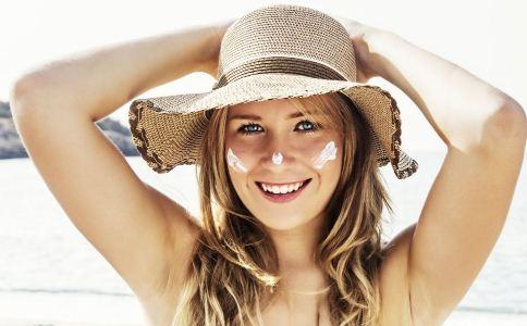 夏季敏感肌肤的护理方法 夏季如何护理敏感肌肤 敏感肌肤怎么护理才好