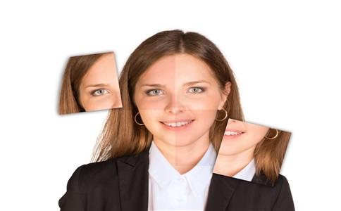 怎样治疗面部痤疮 常见的痤疮症状有哪些 面部痤疮的治疗方法