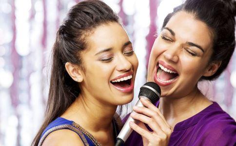 唱歌要注意什么 唱歌会引起哪些问题 唱歌导致偏瘫
