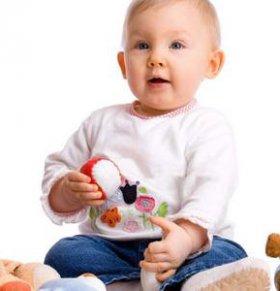 如何给宝宝选鞋子 宝宝鞋子怎么选 宝宝鞋子的选择