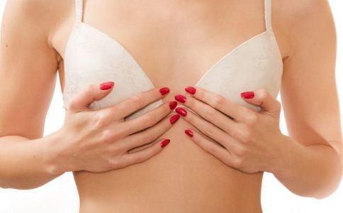 女性该怎么穿内衣 不同胸型适合穿的内衣 女性穿戴内衣的方法
