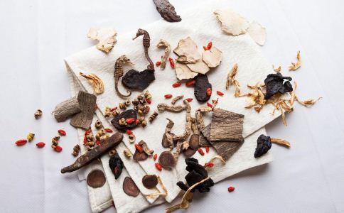 月经期间能吃中药吗 月经期吃什么好 调经食谱怎么做