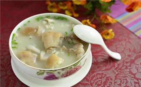 女性养颜吃什么 养颜猪蹄汤的做法 猪蹄汤怎么做养颜