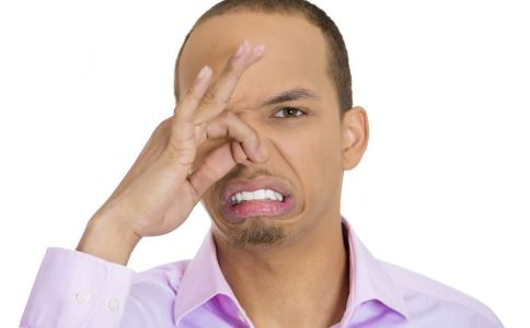 口臭怎么办 口臭如何治疗 口臭吃什么好