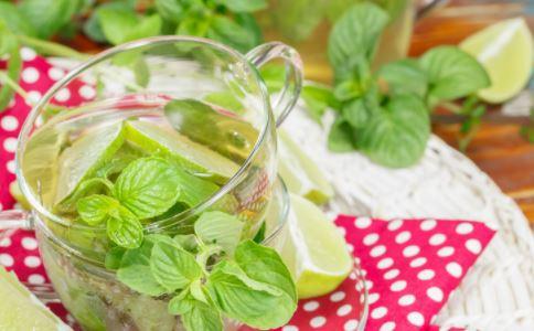 夏季冷饮别喝太多 会诱发咽喉疾病