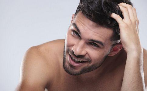 男性脱发的原因 哪些因素导致男性脱发 男性为什么脱发