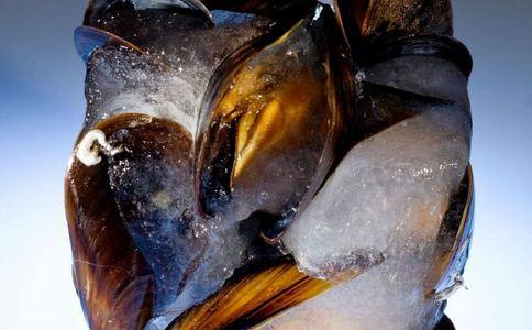 赤潮毒化的海产为什么会导致中毒
