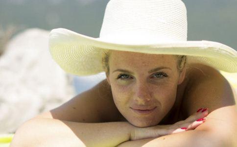 夏季用丝瓜水的好处 丝瓜水的护肤功效 丝瓜水怎么用才好