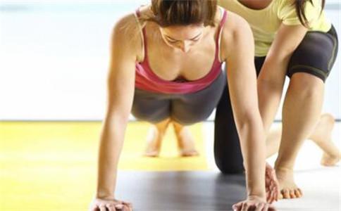 立卧撑做几个好呢?立卧撑怎么做 立卧撑参与的肌肉有哪些